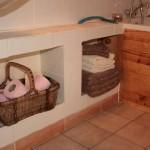 Bathroom; Chardonneret
